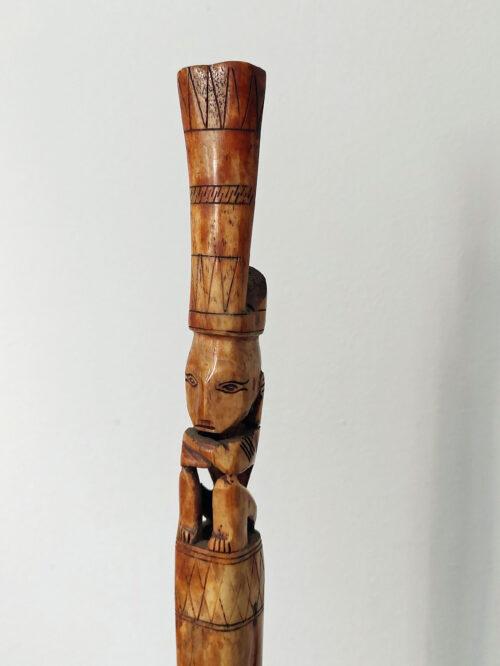 Carvings & Curios, Tuntun